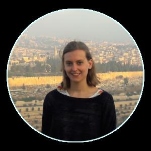 Profilfoto von Sarah aufgenommen in Jerusalem auf dem Ölberg mit Blick auf Jerusalem